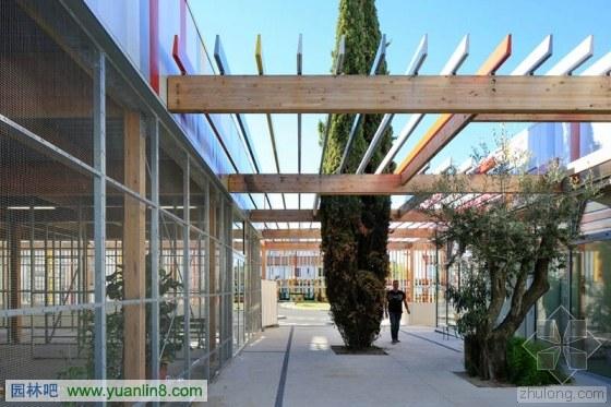 法国巴尔扎克题目校园改造场高中物理组合高中三图片