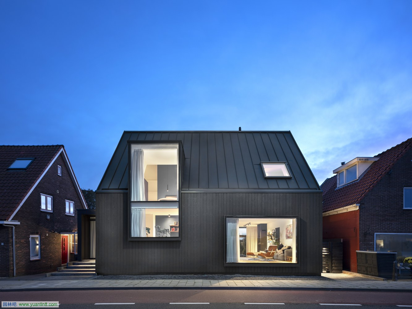 feature_-_LucButhker_ArjenReas_HouseAkerdijk1