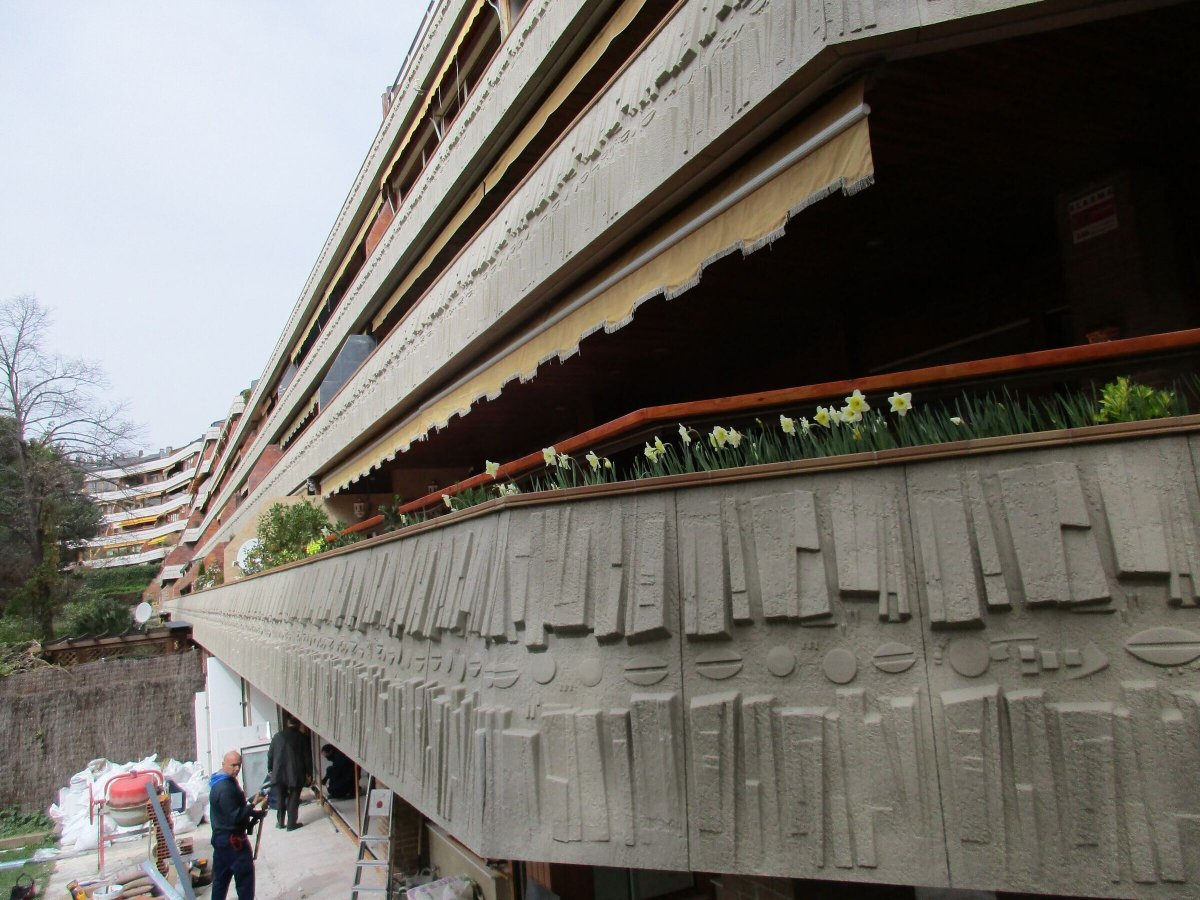 El Soto  de la MoralejaCustomized, creative, polymer concrete terrace face in La Moraleja (Madrid)
